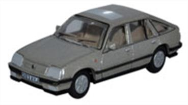 oxford, diecast, Luton based Vauxhall motors has been the British part of General Motors since 1925 1/76,  OO,