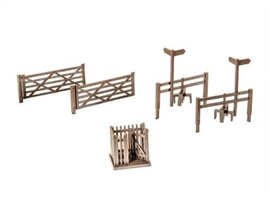Field gates, stiles and wicket gates are ideal to complete the flexible fencing system, a further pack contains two field gates, 2 stiles and a wicket gate. All parts are finely detailed plastic mouldings- the field gates even even include hinge plates, bolt heads and spring catch.