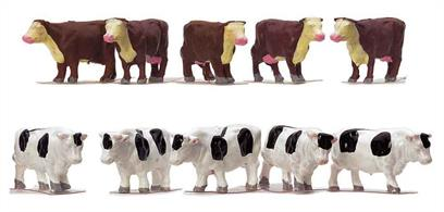 Pack of cows in OO scale, ideal for adding detail to lineside fields.