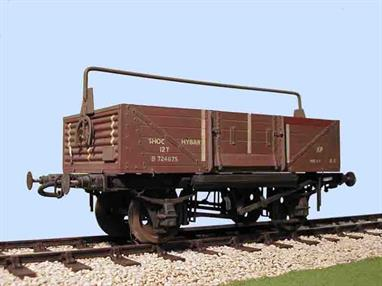 A highly detailed plastic model kit of the BR design shock absorbing open wagon.Sock absorbing wagons were introduced in the 1930s to provide extra shock protection during shunting for more fragile goods. Springs were mounted alongside the solebars and a slightly shorter body was fitted, secured to allow longitudinal movement attached to and controlled by the springs, instead of the body being rigidly fixed to the underframe. Typical loads for shock opens would include bricks and earthenware products like sewer pipes.Supplied with metal wheels, 3 link couplings and sprung buffers