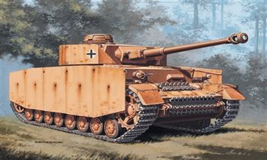 Italeri 7007 1/72 Scale German Panzer KPZW.IV TankDimensions - Length 85mm.Decals and full instructions are supplied with the kit.Glue and paints are required to assemble and complete the model (not included)