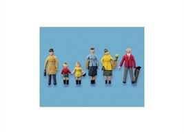 Fully painted figures to add to your station or street scenes.