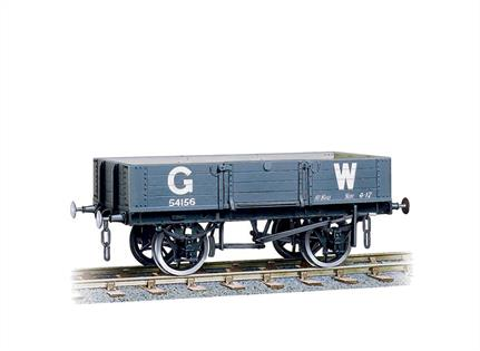 Peco O Gauge W-604 GWR 10t 4 Plank open wagon KitSupplied with metal wheels, sprung buffers and 3 link couplings.
