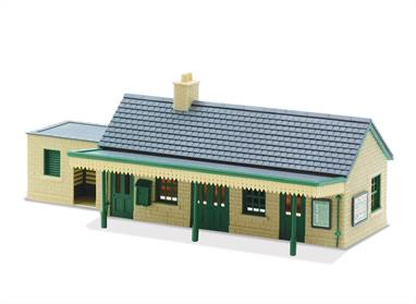 The pre coloured parts of this plastic kit can be assembled in a number of ways; further kits can be combined to make a larger structure if required.Quick and easy to assemble, this stone finished station building looks very attractive on any layout. Any other stone buildings from the Peco range will match this style. 168mm x 51mm