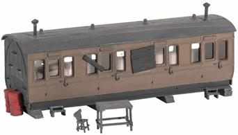 The use of old coach bodies as stores, mess huts or even homes was common. Clutter included, huge scope for adding detail to such a scene. Supplied with pre-coloured parts although painting and/or weathering can add realism; glue is required to complete this model. Footprint 115mm x 40mm