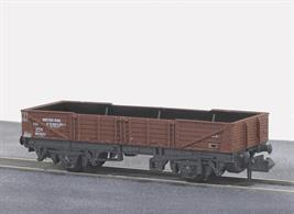 Model of the British Railways international ferry open tube wagon painted in bauxite livery.These long wheelbase open wagons were built for international services via the train ferry connections to mainland Europe.