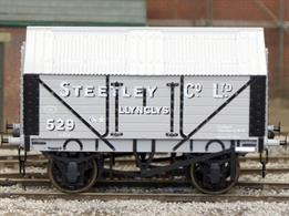Production expected early 2019A new detailed model of a 7 plank sided covered lime wagon with peaked corrugated iron roof based on RCH 1887 design specifications.This new design add to the range and specification of O gauge ready to run wagons, featuring a diecast chassis for added weight and compensation beams for smooth running.British Manufacturing. Dapol plan to be producing these models from their factory unit in Chirk.
