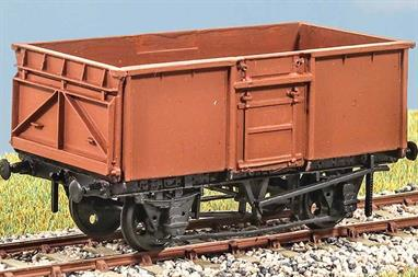 Vacuum fitted, introduced in 1956, these wagons continued to be used throughout the BR period, carrying coal to coal depots and factories as well as scrap (from 1975), aggregate and engineer's spoil. These finely moulded plastic wagon kits come complete with pin point axle wheels and bearings.Glue and paints are required to assemble and complete the model (not included).