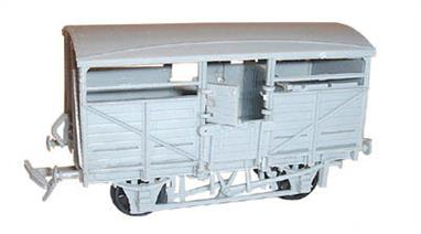 Dapol C39 00 Gauge Cattle Wagon KitGlue and paints are required to assemble and complete the model (not included).