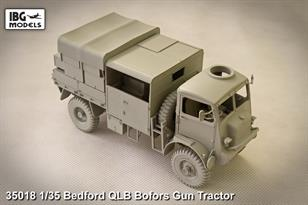IBG Models 35018 1/35 Scale Bedford QLB Bofors Gun TractorThe kit includes clear plastic parts for glazing etc, a decal sheet and a 20 page instruction manual.Glue and paints are required