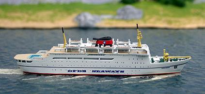 Dana Sirena, the Danish ferry modelled in 1/1250 scale as in 1971 on the route from England to Denmark.
