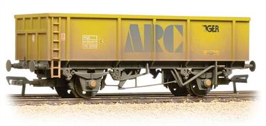 A neat model of these modern 2-axle open wagon operated by ARC from their quarries for many years, usually deployed on lighter or short-term traffic flows where excavators were used to unload the wagons at a yard or siding close to the construction site. These wagons are very simple open boxes, but the strengthing ribs, end reinforcing are all accurately moulded.A useful addition to the range of modern wagons in OO.