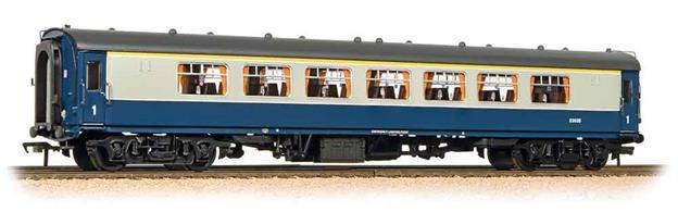 Detailed and well finished model of the popular and distinctive BR Mk.1 Pullman parlour second, complete with interior lighting.This model is painted in the standard blue and grey passenger livery applied to these coaches in normal passenger service as first class saloon coaches after the end of Pullman services. Eras 6-7The interior lighting circuit is DCC compatible.