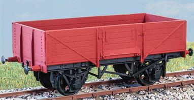 Introduced in 1938, these wagons (diagram 1/120) were used for general traffic until the early 1970s. Being equipped with the vacuum brake, they were suitable for express goods services. These finely moulded plastic wagon kits come complete with pin point axle wheels and bearings.Glue and paints are required to assemble and complete the model (not included)