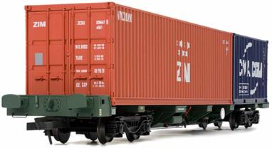 Dapol 4F-044-008 OO Gauge FEAB Spine Flat Container Wagon and a pair of Containers No's 640177 + 640178 in Freightliner Livery.FEA-B spine wagons were one of a range of seven FEA type wagons designed for the transport of iso containers. FEA-B wagons were constructed around a central spine of which substantial outriggers were constructed which housed the standard twist lock container fixings.The FEA-B generally ran in pairs (usually with consecutive running numbers), semi-permanently coupled via a bar coupling. Introduced in March 2003 and built by Wagony Swidinica in Poland, in total 301 wagon pairs have been delivered. The main operator has been Freightliner, although smaller quantities have been delivered to Balfour Beatty (modified for sleeper transportation) and Jarvis Fastline, which were subsequently sold on to DRS in 2010.The Dapol OO Gauge FEAB Spine Wagon features:Pair of FEA-B spine wagons with containersFinely moulded body with many separately added detailsFinely applied livery with accurately printed detailProfiled wheelsNEM pockets with self-centring couplings
