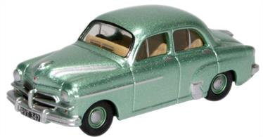 Vauxhall Wyvern Metallic Chrome Green 76VWY006