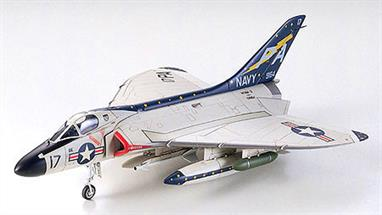 Tamiya 1/72 Skyray Us Delta Wing Jet Kit 60741Glue and paints are required