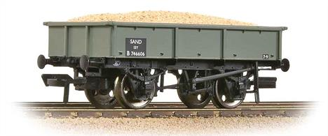 An excellent model of the BR sand tippler wagon in BR grey livery, as used to designate non-vacuum fitted wagons.