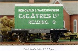 Dapol 4F-037-104 00 Gauge GWR Conflat Container Wagon with C&G Ayres ContainerModel of a GWR 4-wheel conflat container wagon loaded with a furniture container owned by the Reading based company of C & G Ayres. A well-known Reading merchant and haulage company C & G Ayres are still in business today, continuing to expand their range of  transportation and warehousing services to business and private customers requiring global relocation services.