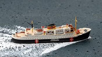 A new livery variation on a re-released casting of this smart-looking Danish ferry.