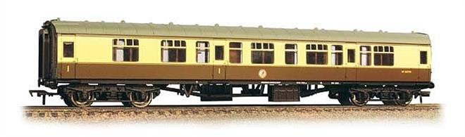 Bachmann Branchline 39-129C 00 Gauge BR Mk1 CK Corridor Composite Coach WR Chocolate & Cream LiveryAn excxellent model of the BR Mk.1 design coach. This model is of the composite side corridor coach with compartments for first and second class passengers. These coaches were used to provide a small first class portion on short train formations, ideal for many model railways.This model is painted in the Western region chocolate and cream livery. Era 5.