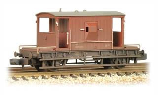 An excellent new model of the BR standard design 20-ton guards brake van. These brake vans were seen on the rear of all goods trains until the mid-1970s when most goods trains were operating with automatic brakes on all wagons. A few guards brake vans are still in use, providing a safe riding vehicle for shunters and other railway staff.Model painted in the early bauxite livery. Era 4.