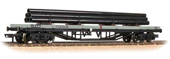 An good model of the 30-ton bogie bolster wagon painted in the BR goods grey livery. This model is supplied complete with load of steel pipes.Eras 4-5