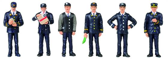 Bachmann OO Station Staff 1960 & 1970s 6 Figure Pack 36-405Bachmann Branchline OO Gauge Scenecraft 36-405 1960s/70s Station StaffPack of 6 station and train staff figures in British Rail 1960s/70s uniforms.