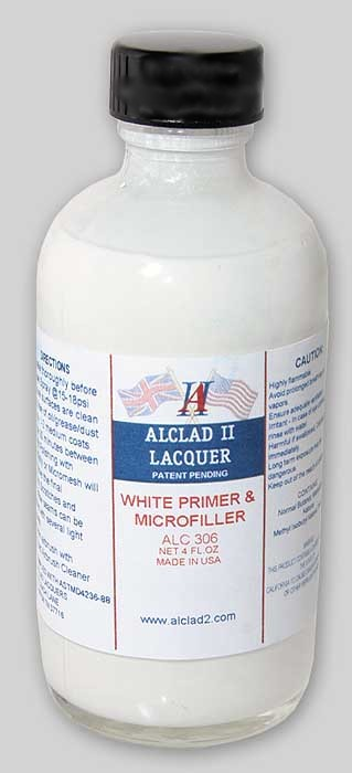 Alclad White Primer And Microfiller ALC306<br />A primer base to prepare plastic surfaces for the application of Alclad lacquers.<br />White finish surface primer with microfiller capability able to fill shallow scratches and seem joints with gentle polishing.between coats.