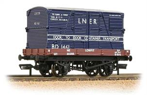 A nice model of the steam-era 4-wheeled Conflat container wagon loaded with a large BD type container owned by removals firm Pickfords.Eras 4-5