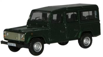 Oxford Diecast 1/76 Green Land Rover Defender 76DEF001