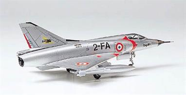 The Mirage jet fighter featuring delta wings was developed by French aviation company Dassault. The first production model was called III C with official deployment starting in 1961. Boasting a maximum speed of Mach 2.2, the Mirage III was used by the Israeli Air Force in 1967 when fighting against Mig 21 and Su-7 used by the Arab nations.