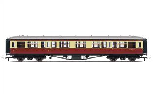 BR Hawksworth Design Corridor Composite Coach Crimson & Cream Livery W7803W