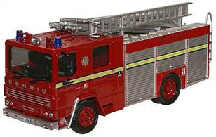 Oxford Diecast 1/76 Dennis RS Fire Engine London FB London's Burning 76DN001