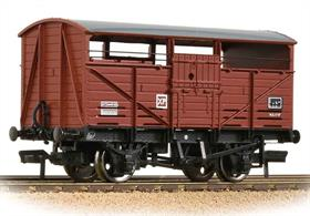 A detailed model of the British Railways standard design of cattle wagon. The design of these wagons was based closely on the late GWR design, altered to incorporate BR standard fittings and components.