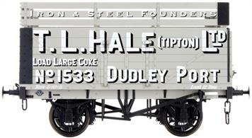Dapol Lionheart Trains LHT-F-073-001 O Gauge Hale 7 Plank Open Wagon number 1533 with Coke RailsA detailed ready to run O gauge 7 plank open wagon model from Lionheart Trains tooling finished in as a wagon fitted with coke rails and operated by Hales.