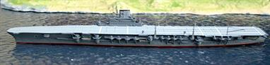 A 1/1250 scale secondhand model of IJNS Taiho by Optatus OPT-S5 in excellent original condition.Taiho was an impressive warship which never had an opportunity to fulfil its potential as it was sunk by a US submarine on its first mission..