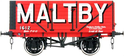 Dapol Lionheart Trains LHT-F-080-002 O Gauge Maltby Colliery Company 8 Plank Open WagonA detailed ready to run O gauge 7 plank open wagon model from Lionheart Trains tooling finished in the brick red livery of the Maltby colliery company.