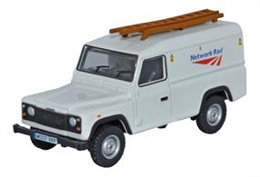 Oxford Diecast 1/76 Land Rover Defender Network Rail 76DEF008