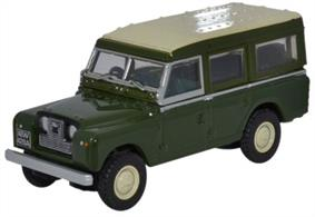 Oxford Diecast Land Rover Series II Station Wagon 76LAN2002