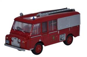 Oxford Diecast 1/76 Land Rover FT6 Carmichael Cheshire County Fire Brigade 76LRC001