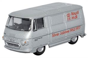 Oxford Diecast 1/76 Commer PB Van Royal Mail Silver Jubilee 76PB003