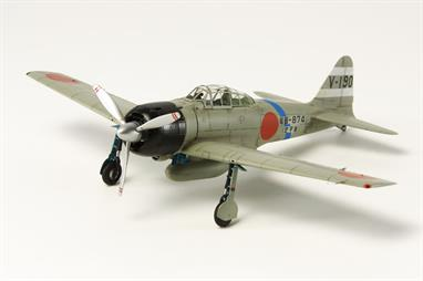 Tamiya 1/72 Mitsubishi A6M5 Zero Fighter Hamp WW2 Japanese Plastic Kit 60784Glue and paints are required