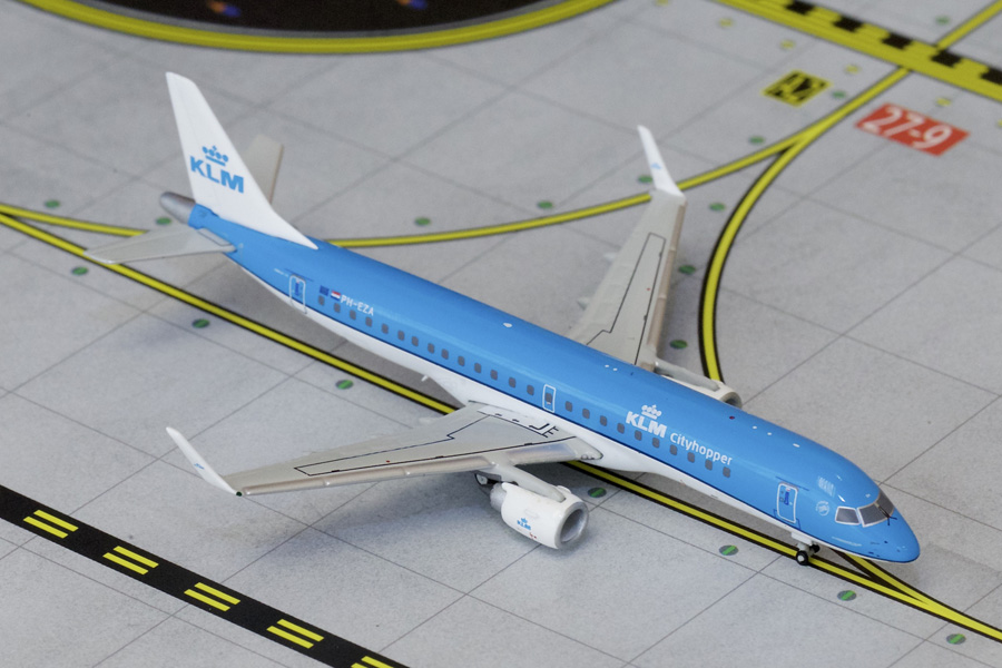 Gemini Jets 1/400 KLM ERJ-190 New Livery PH-EZA Jet Airliner Model GJKLM1516