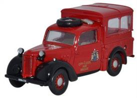 Oxford Diecast 1/76 Austin Tilly City of Leeds Fire Brigade 76TIL006