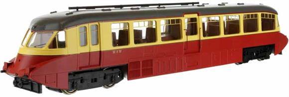 Second release of Dapol's superb GWR railcar model. This model is finished in the 1950s British Railways carmine and cream livery as car number W8.Car 8 was one of the first production design of railcars built by the Gloucester Railway Carriage and Wagon company in 1936 with the smoothly rounded body end shape and piston plunger buffers.Note - Scale model, suitable for radius 2 curves and larger.