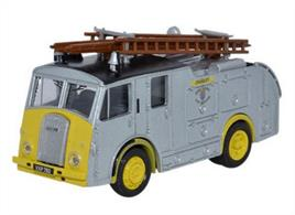 Oxford Diecast 1/76 Dennis F8 West Sussex Fire Brigade 76F8006