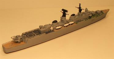 MT Minatures MTM039 a resin, white metal kit with photo etched parts and decals of a Batch 1 Royal Navy RN County Class Destroyer HMS Kent.