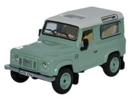 Oxford Diecast 76LRDF007HE 1/76th Land Rover Defender 90 Station Wagon Grasmere Green (Heritage)