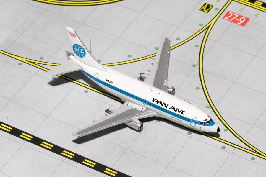 Gemini Jets 1/400 Pan AM Boeing 737-200 Polished N674F Airliner Model GJPAA1338<BR>Gemini jets bring you GJPAA1338 a 1/400th diecast model of a Boeing 737-200 Airliner in Pan Am Livery